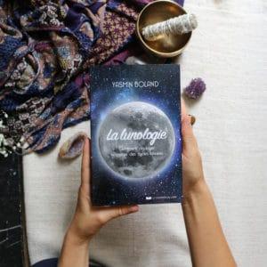 Livre sur la lunologie et la lune