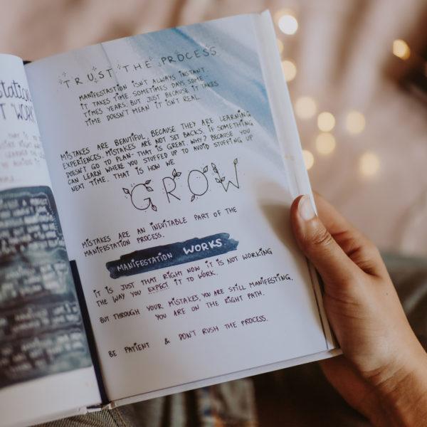 Livre manifest Annie Tarasova sur womoon