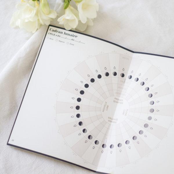 Carnet cadran lunaire cycle menstruel womoon