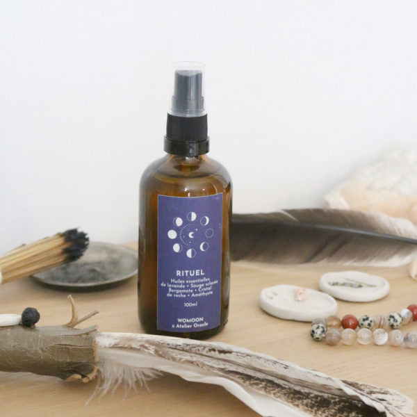 Spray de purification pour rituel atelier oracle x womoon