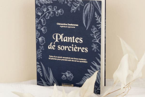 Livre womoon plantes de sorcieres