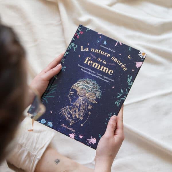 livre sur le féminin sacré